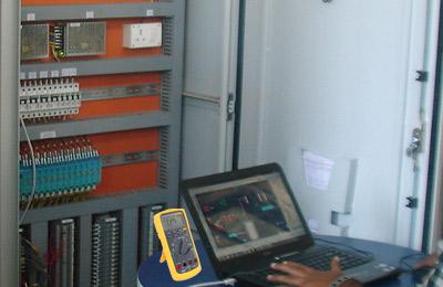 Atendimento técnico de automação industrial