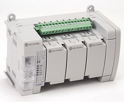 PLC Rockwell da família 800 usado em painel de automação